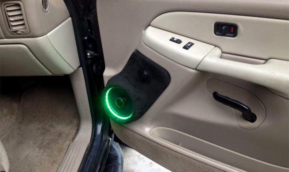 Tahoe Door Speaker Lit up