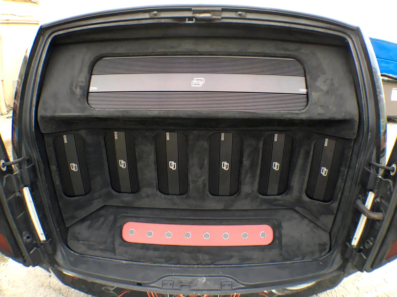 Street Sounds Astro Van rear cargo amplifiers