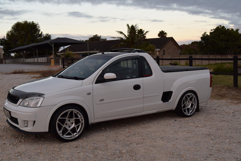 Opel Corsa - Exterior at Sundown