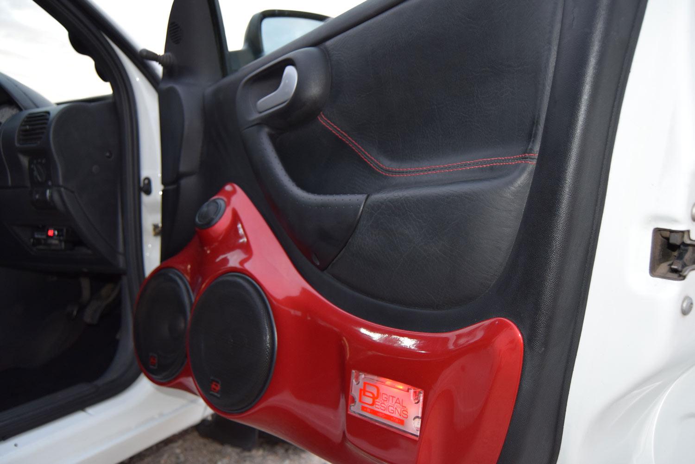 Opel Corsa - Door Speaker Up Close