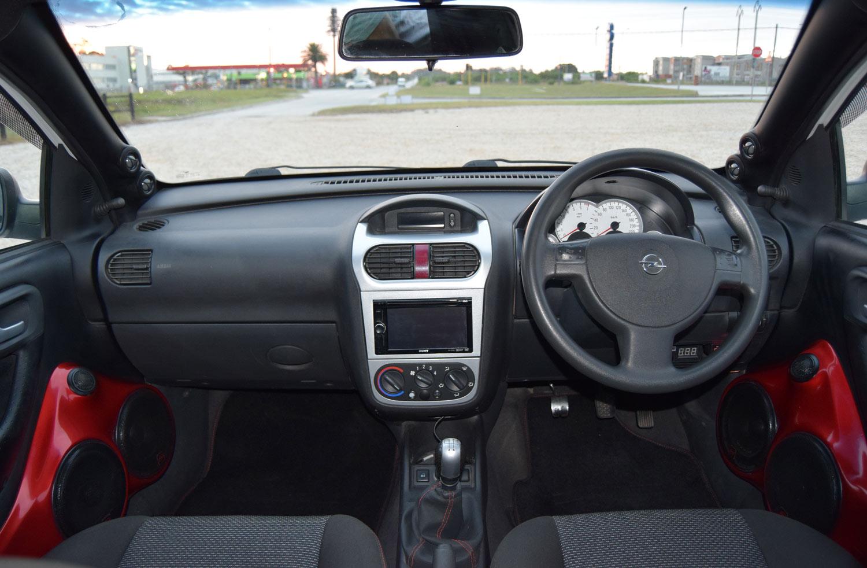 Opel Corsa - Console and Dash