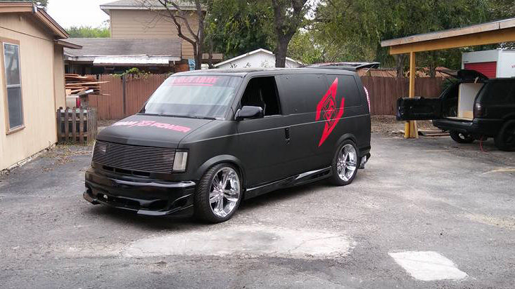 Audio Express Z Mini Van Demo Vehicle