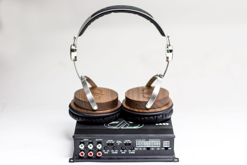 D4.60 Size Comparison - DXB-04 Headphones