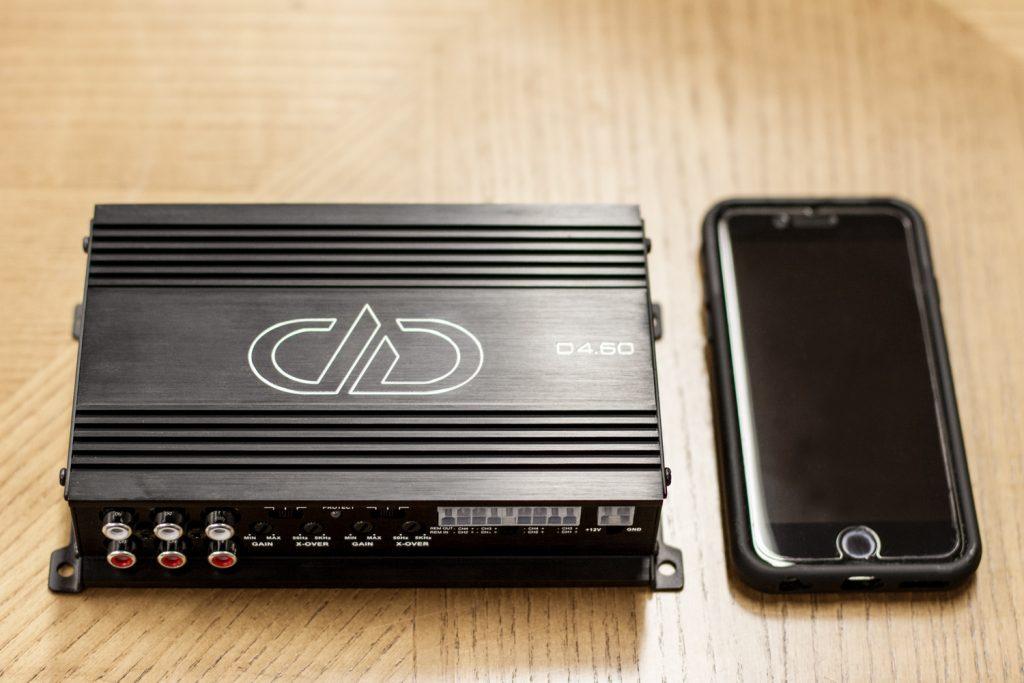 D4.60 Size Comparison - Phone