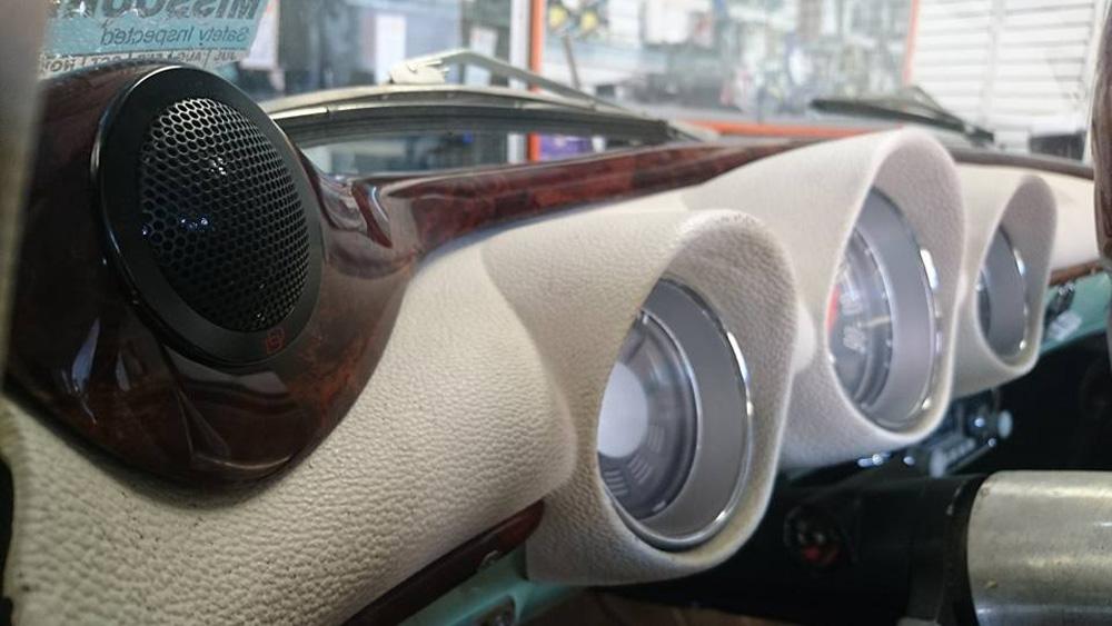 Pro Audio Custom Dash