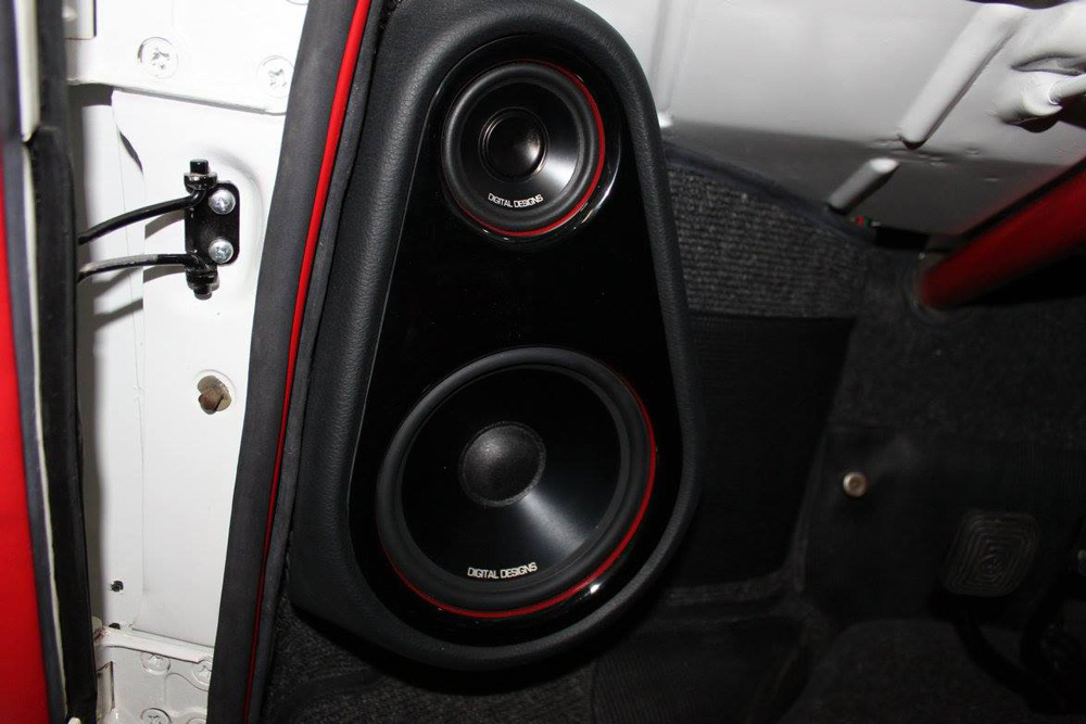 Pro Audio MX - Custom Ghia Speakers Close Up