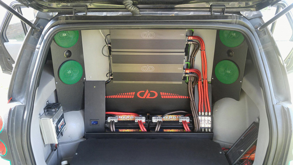 Saturn Vue Rear Cargo Fabrication and M3 Amps