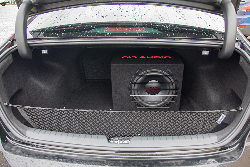 LE-M12 in a Car Trunk