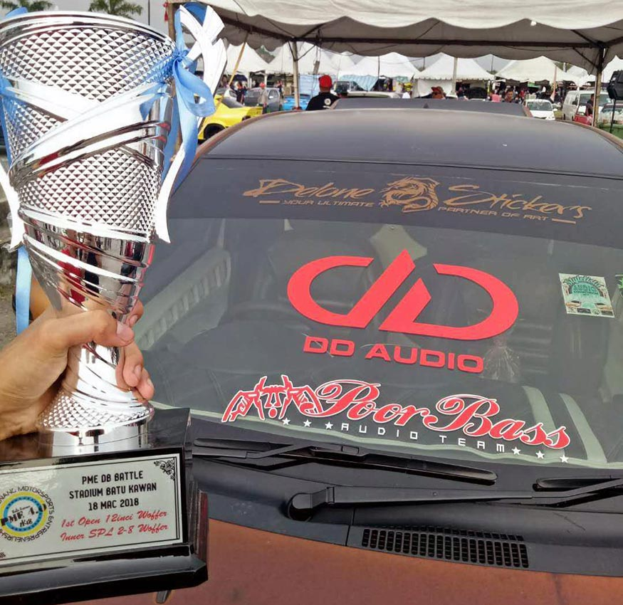 Sei's Toyota Matrix with Trophy at competition
