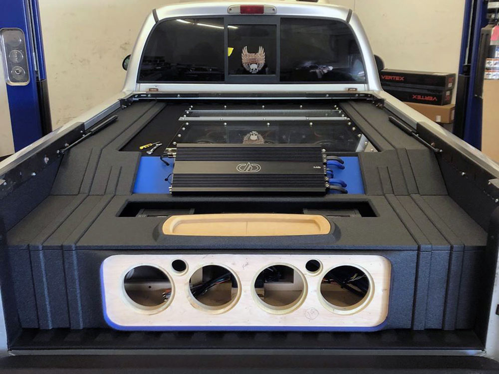Install Highlight: 2001 Dodge Dakota - featured photo