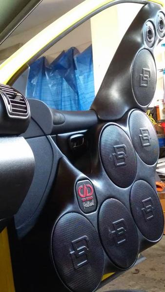 Install Highlight: 2004 Seat Leon - featured photo
