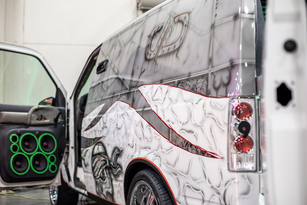 Install Highlight: 2003 Chevy Astro Van - The Magnitude 9 - featured photo