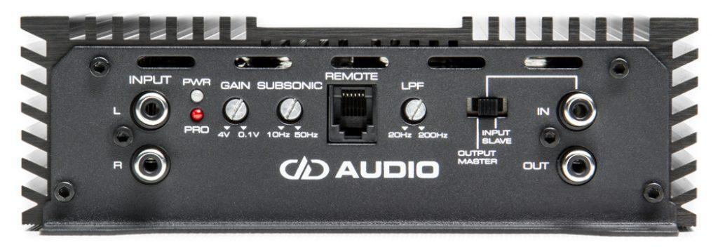 DM2500 monoblock amplifier control panel