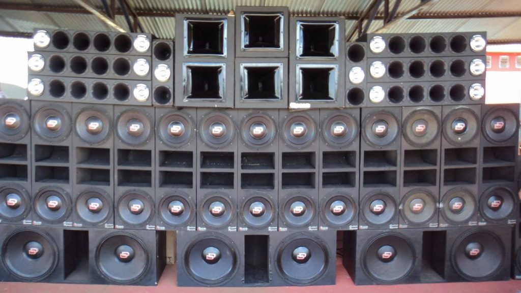 vo pa style speaker array