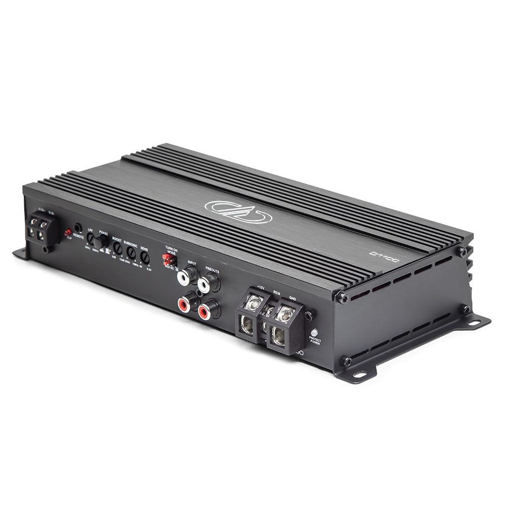 D1100 Monoblock Amplifier 3qtr top view