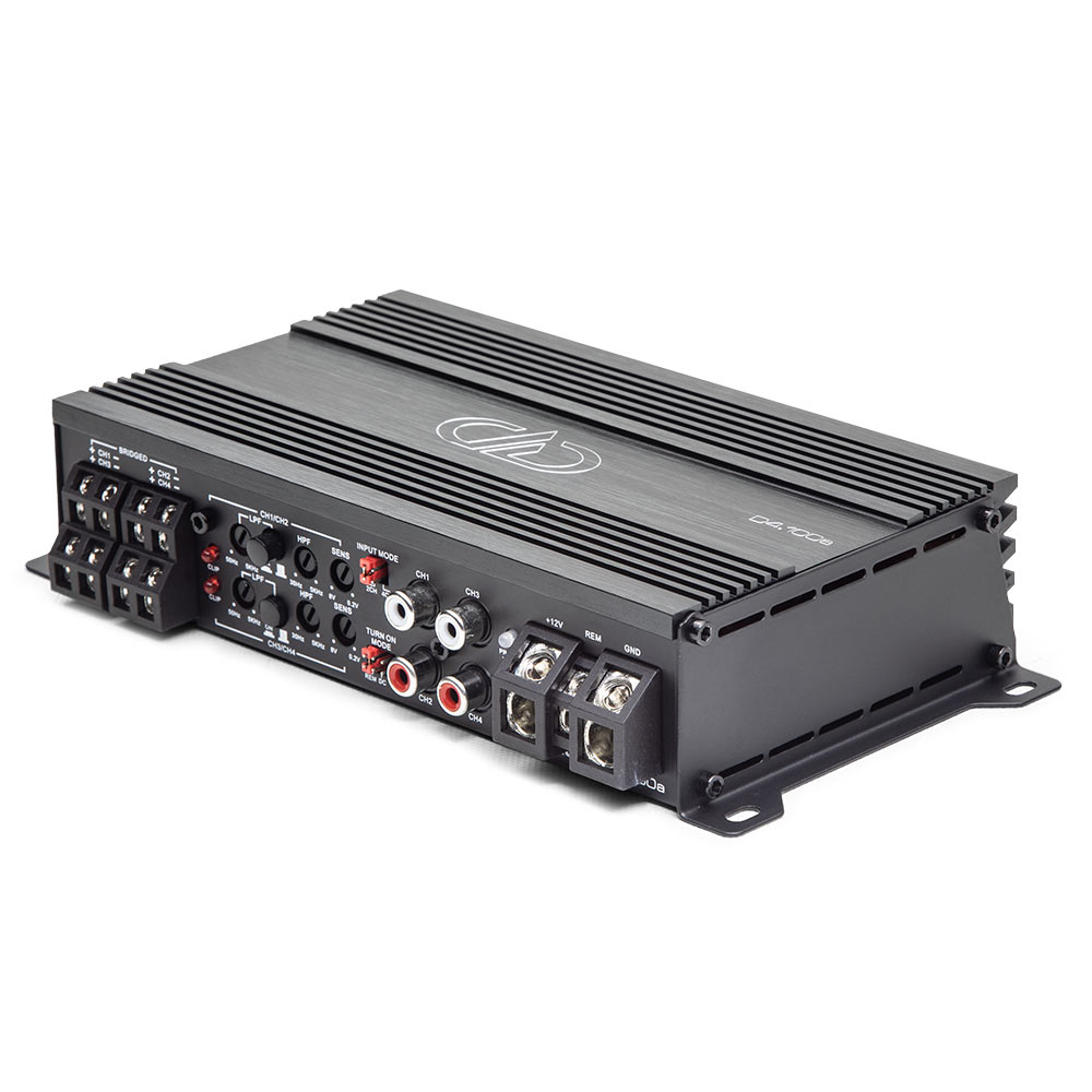 D4.100a 4ch Amplifier 3qtr top view