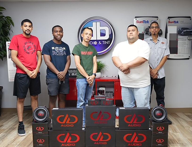 Photo of DA Bass Staff in Store
